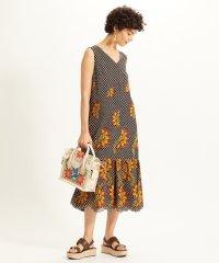 チェック刺繍ロングワンピース