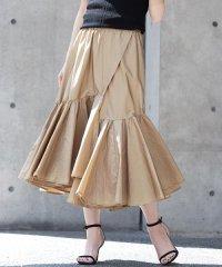 ギャザーデザインスカート