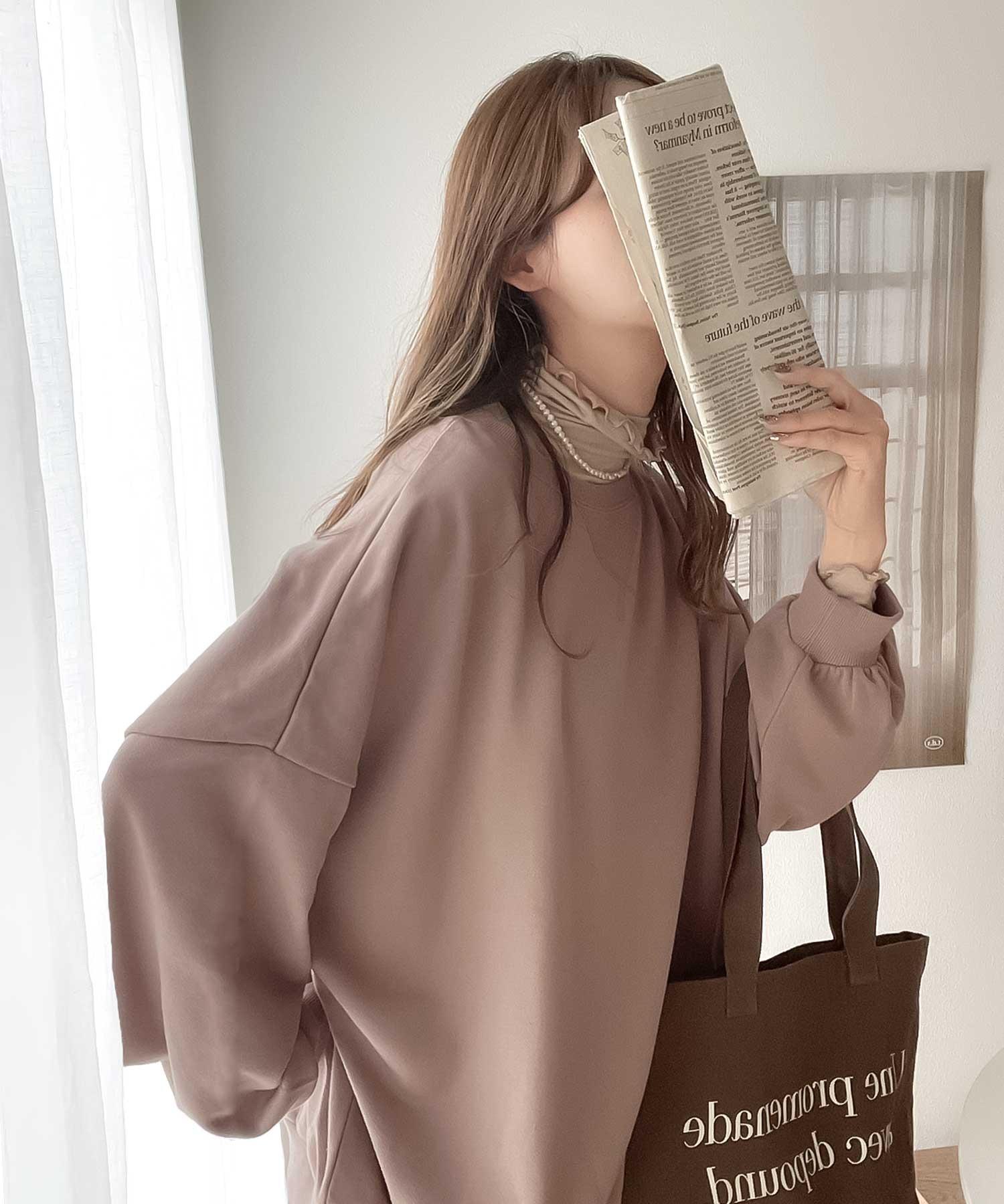 ガゼット付きバックプリントクルーネックスウェットプルオーバー(長袖)